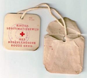 Achterkant Rode Kruis kaartje